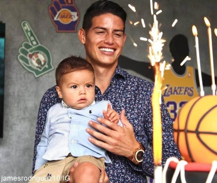 Foto de James Rodríguez y su hijo Samuel