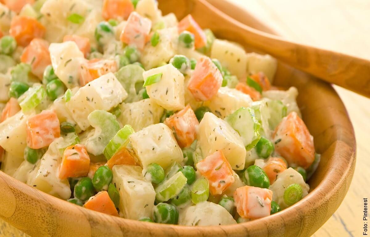 ¿Cómo hacer ensalada rusa? Receta fácil y deliciosa