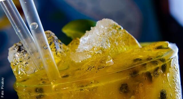 foto de bebida de maracuyá