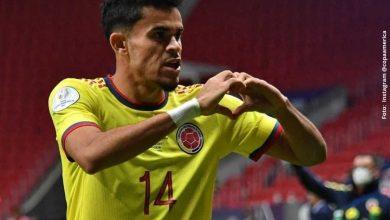 Luis Díaz recibió premio como el goleador de 'La Copa América 2021'