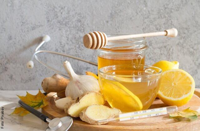 foto de miel con limón