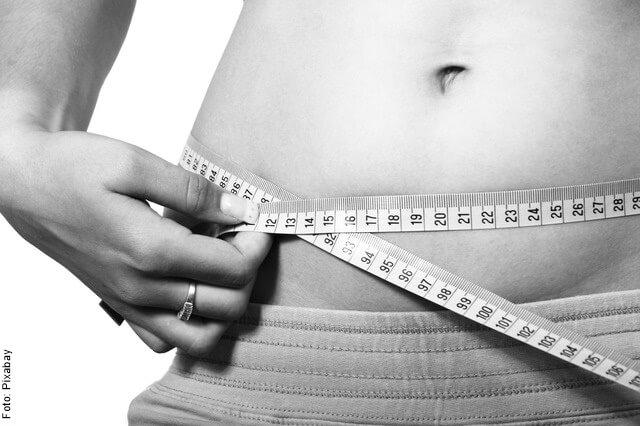 foto de abdomen de mujer