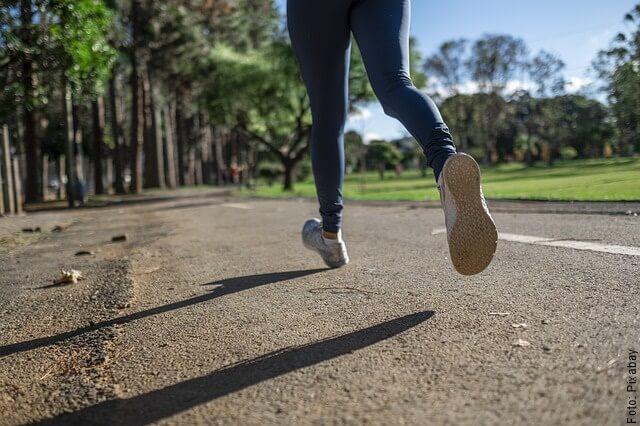 foto de persona corriendo