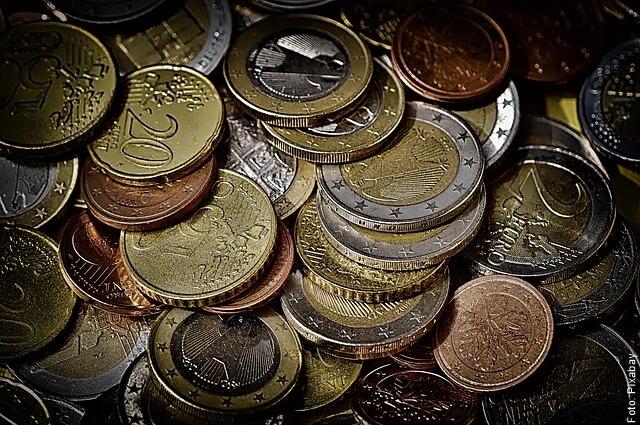 foto de muchas monedas