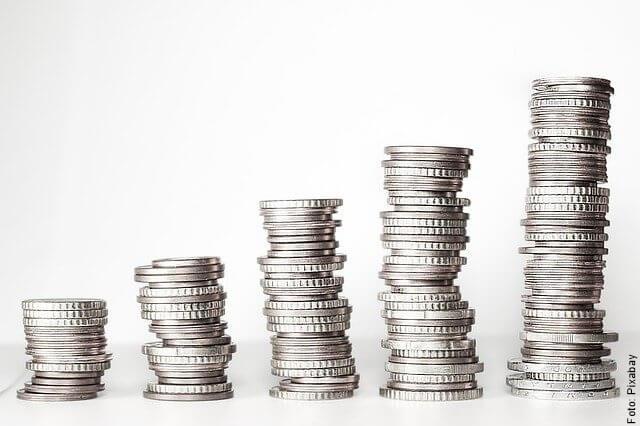 foto de monedas acumuladas