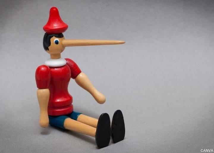 Foto de Pinocho con la nariz larga