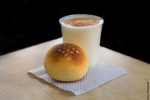 foto de masato con arepa