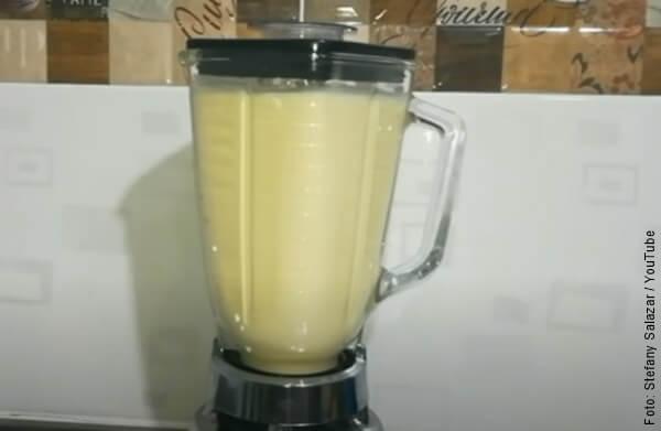 foto licuando leches