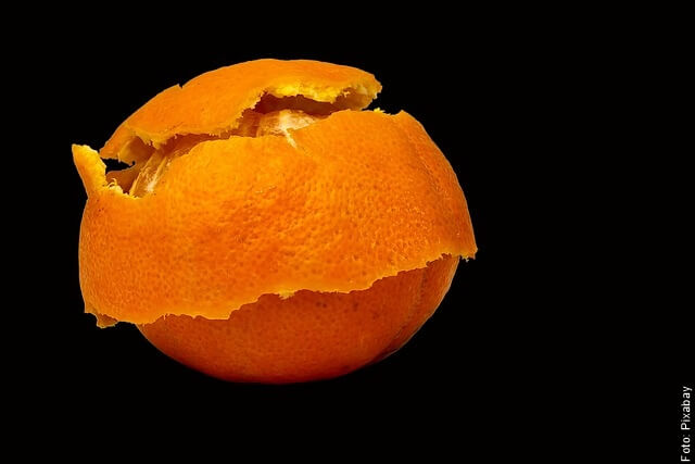 foto de cáscara de mandarina