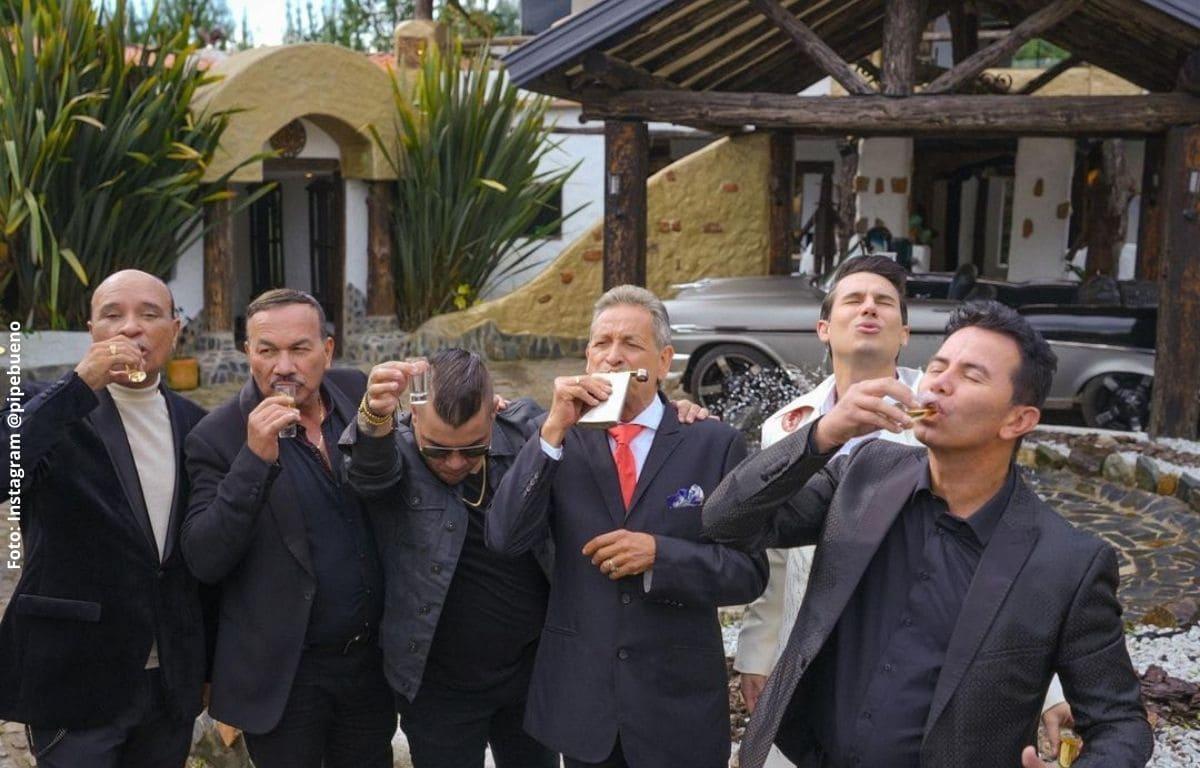 Los grandes de la música popular se unieron para interpretar 'Guaro remix'