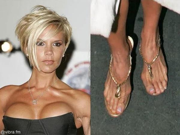 Foto de Victoria Beckham al lado de foto de los pies