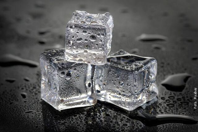 foto de cubos de hielo