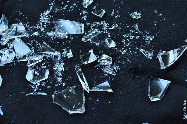 foto de pedazos de vidrio